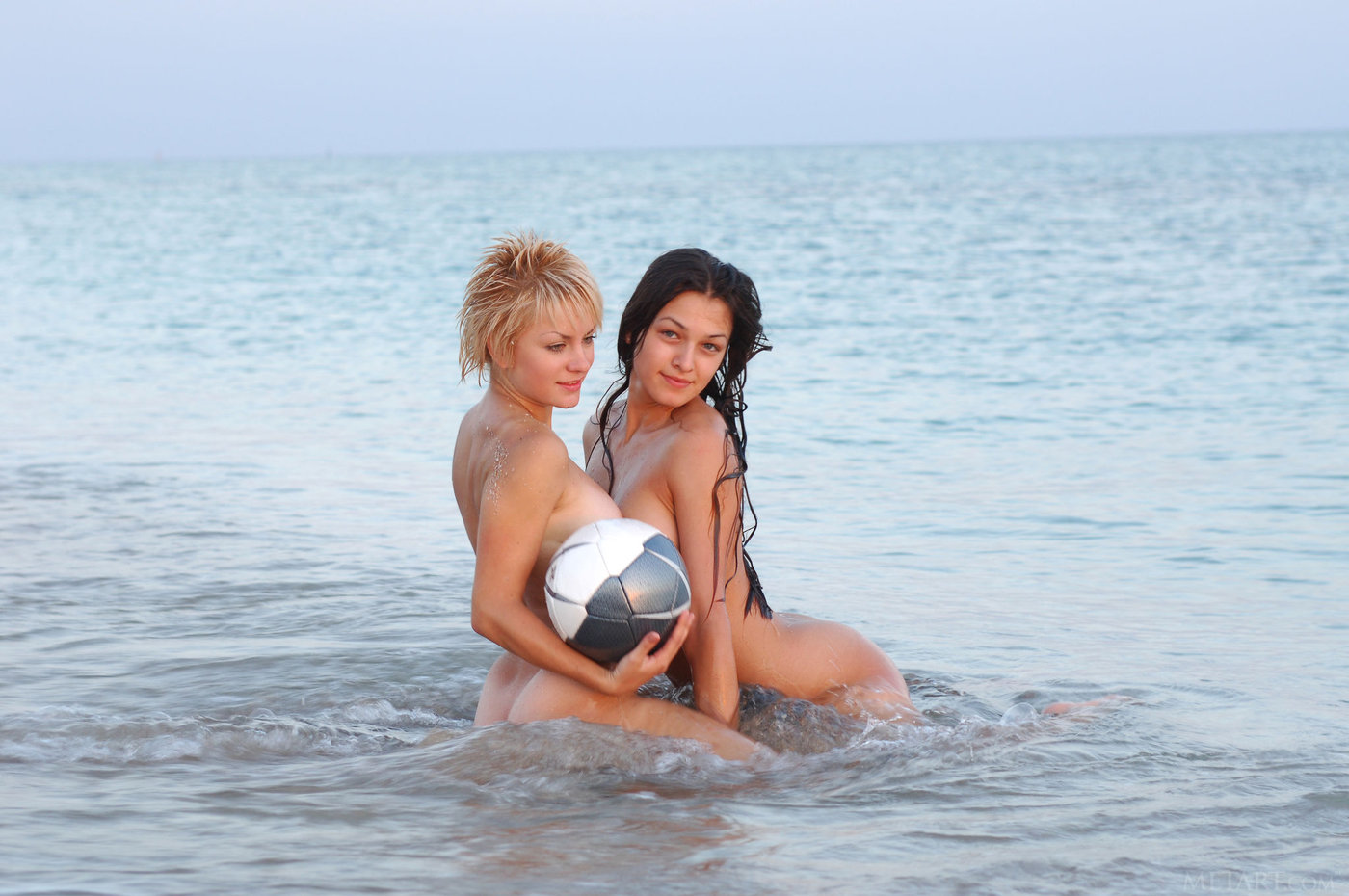 Miley cyrus lesbian hot and nude