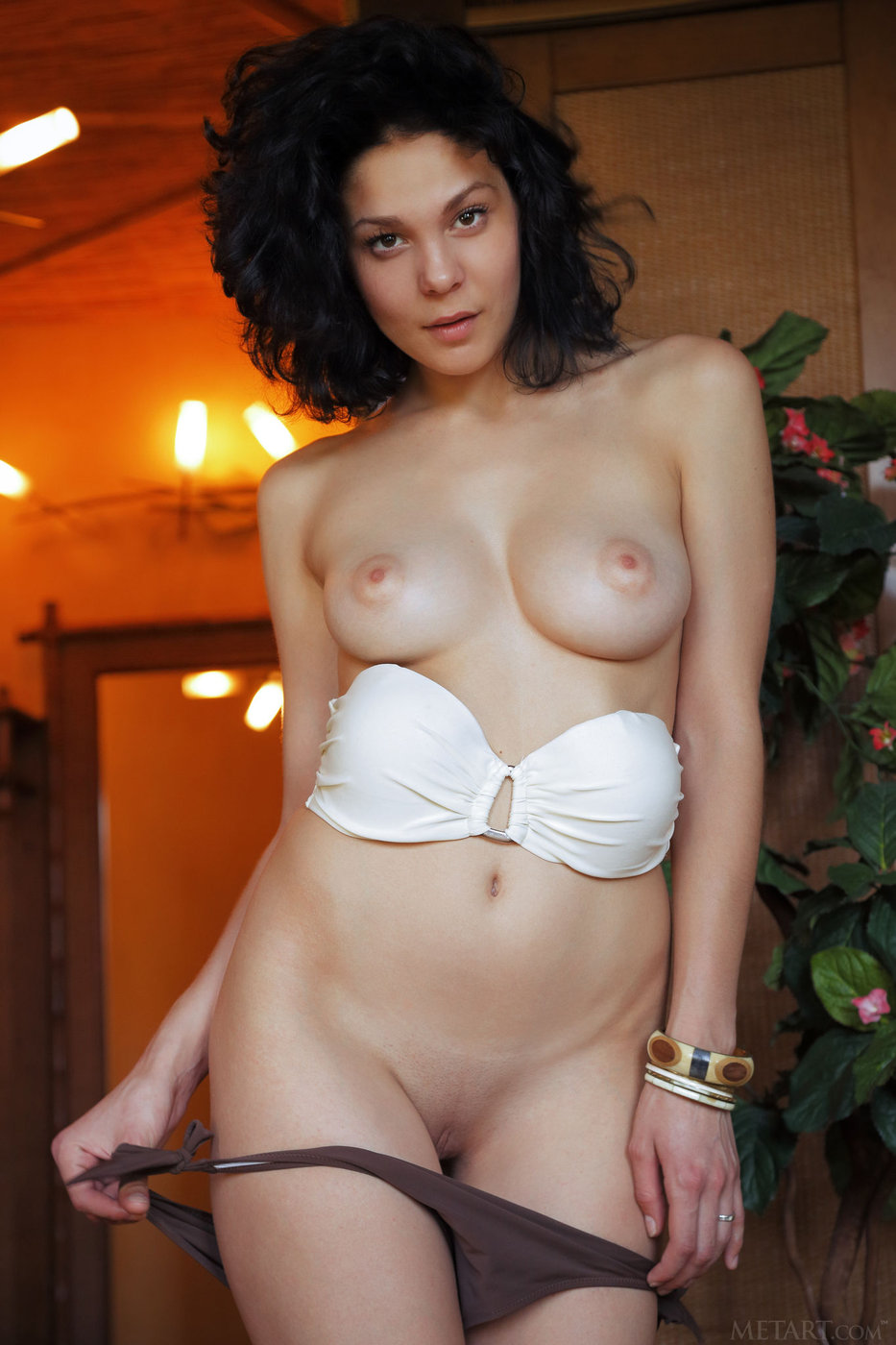 Nude short hair brunette