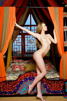 Bathrobe-wearing blond-haired hottie ends up with her legs spread Videos