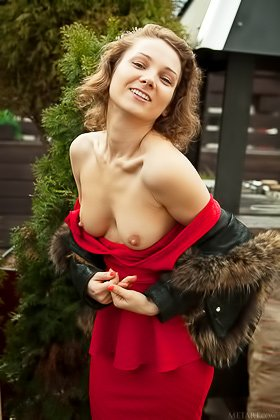 Red dress seductive brunette shows her hirsute slit on a sofa Videos