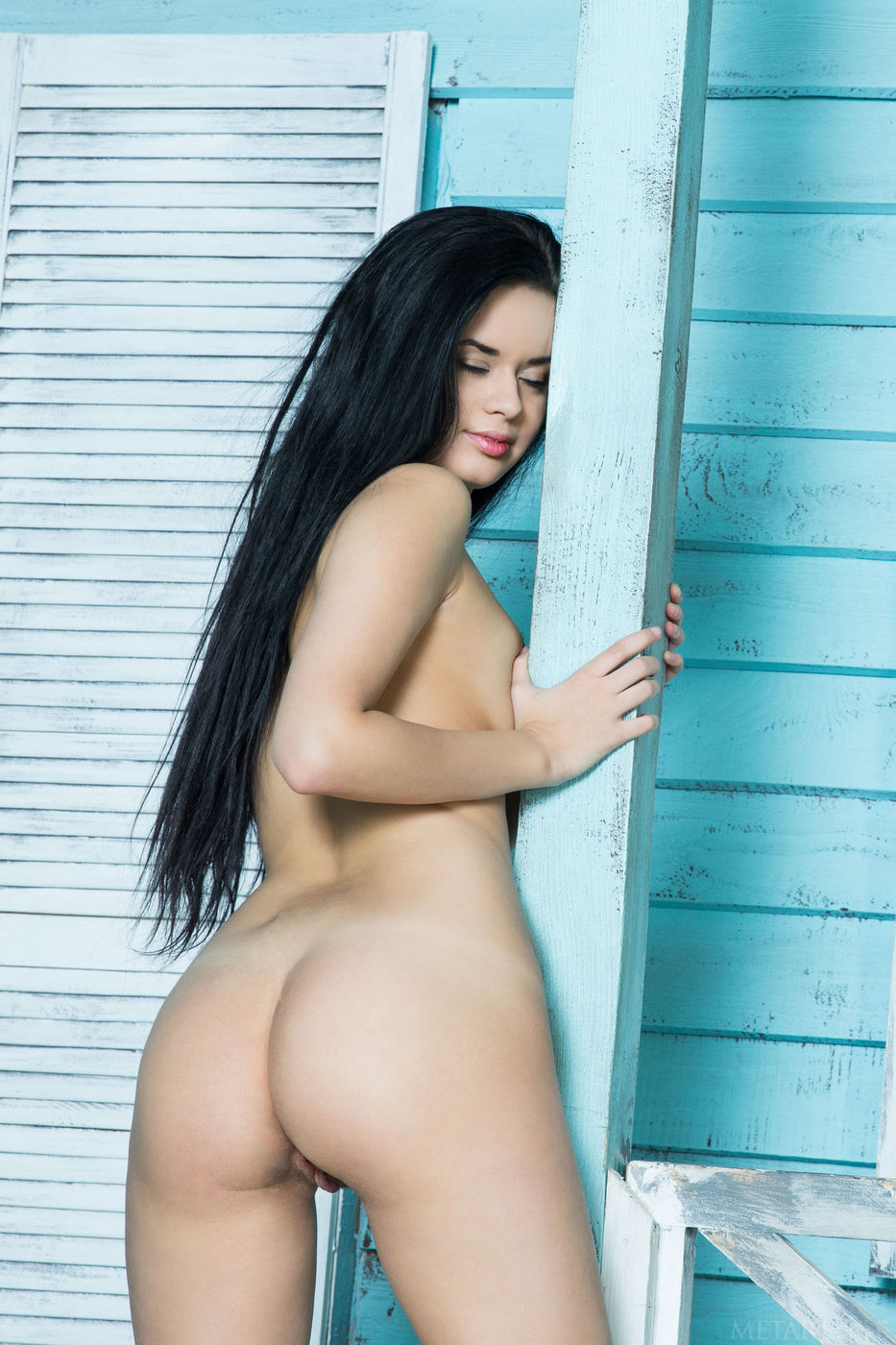 What Statuesque naked brunette apologise, too
