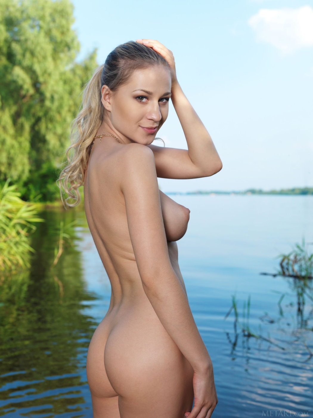 candice-naked-pic