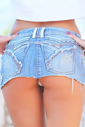Denim skirt perky blonde gets naked after snapping some selfies Videos