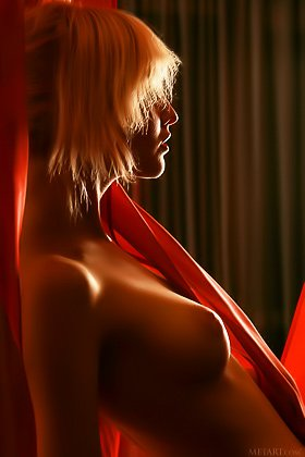 Short-haired and mysterious blonde shows her luxurious body on a bed Videos