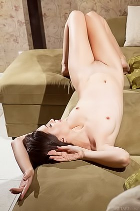 Wavy-haired and skinny slut shows her perfect body on a couch Videos