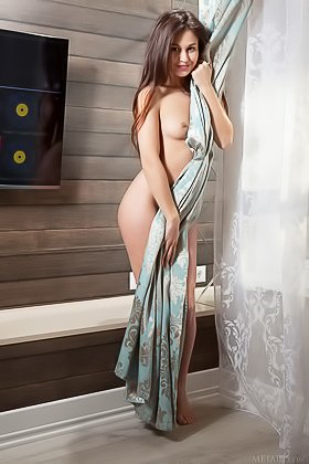 Sensual grey negligee brunette shows her perky backside up close Videos