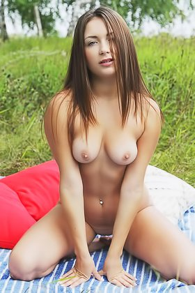 Enchanting brunette showing her perfectly-shaped breasts outdoors Videos