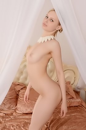 Slim and pasty blonde showcasing her immaculate young pussy on the bed Videos