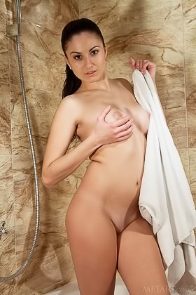 Young brunette's hottest solo shower gallery to date, she shows EVERYTHING Videos