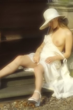 Classy blonde in a big hat exploring her mansion and posing naked Videos