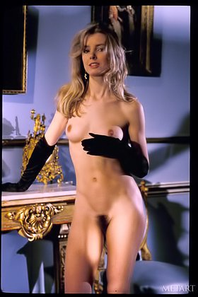 Retro-style solo gallery featuring a bushy pussy beauty with gloves Videos