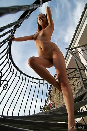 Pouting beauty with long legs decides to showcase that hot body for you Videos