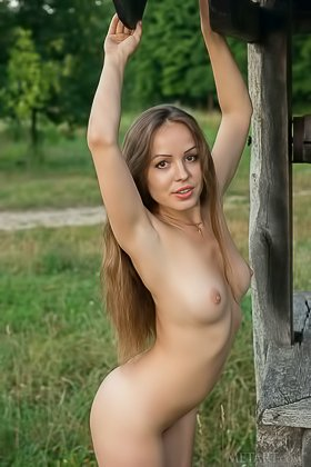 Dress-wearing country girl teasing you with that nude body outdoors Videos